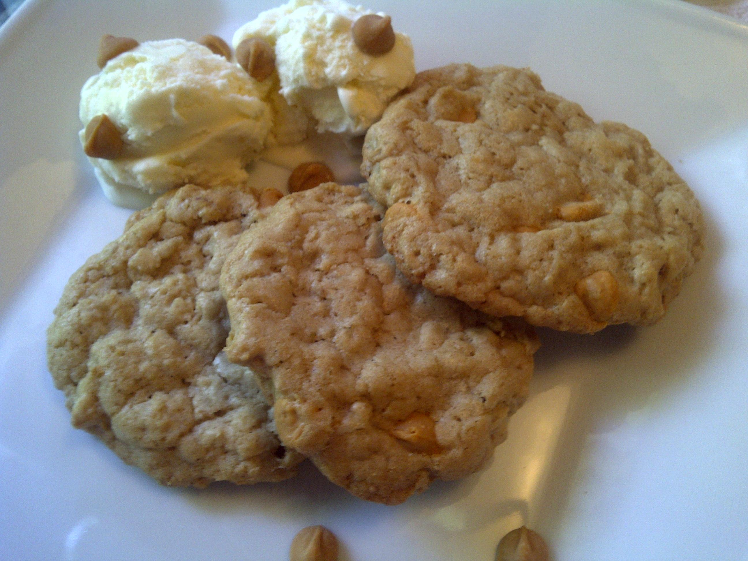 Time for a Treat: Butterscotch Oatmeal Cookies « ThreeSquareMeals