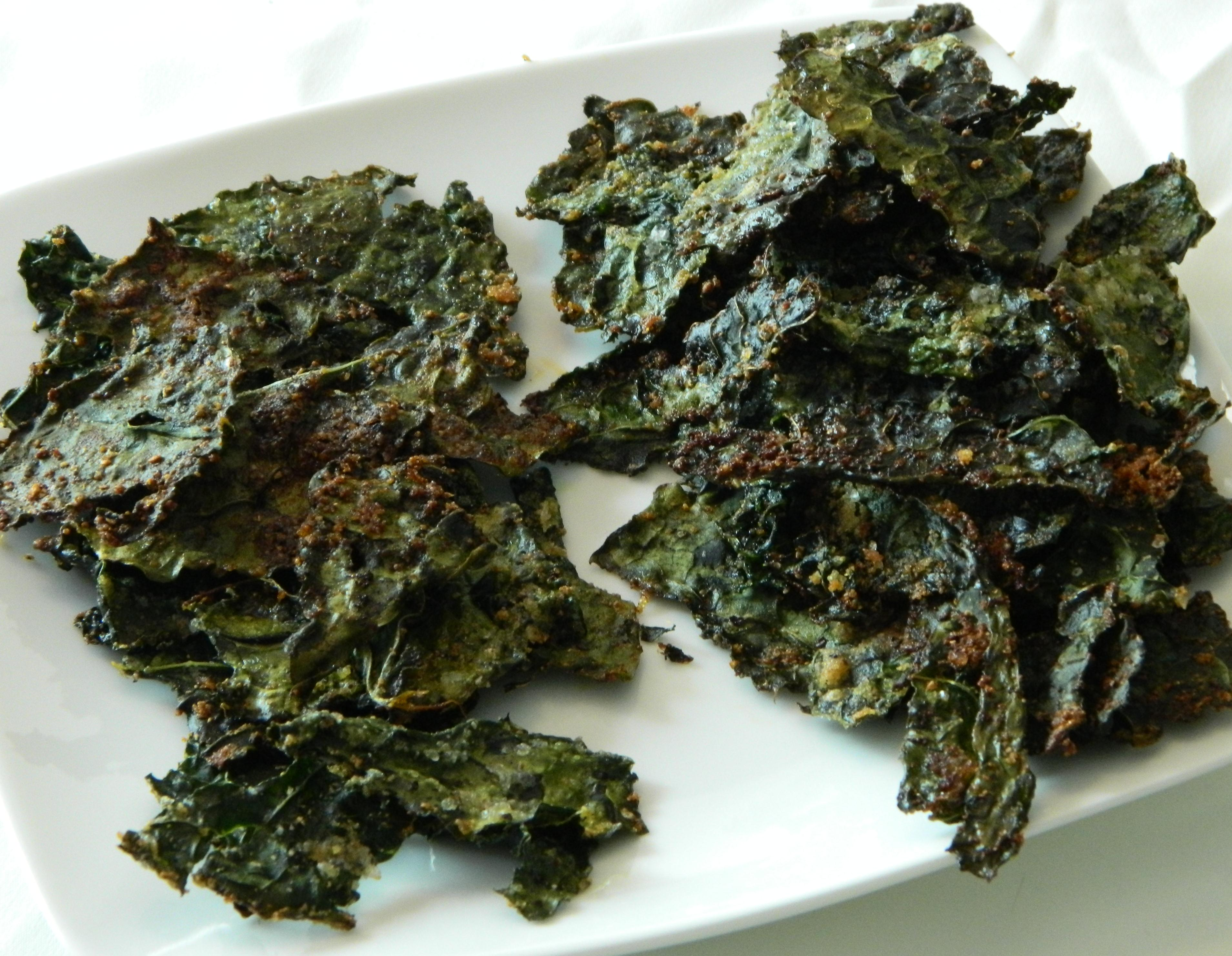 Kale Chips - Two Ways